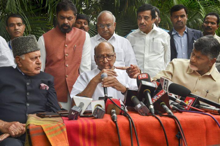 BJP को हराने के लिए पूरानी बातें भुलाकर एक साथ आना होगा, राहुल गांधी से मुलाकात के बाद बोले चंद्रबाबू