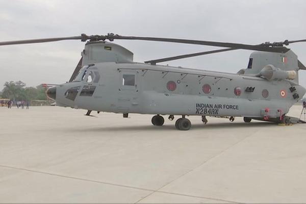 भारतीय वायु सेना को और मजबूती देगा चिनूक हेलीकॉप्टर