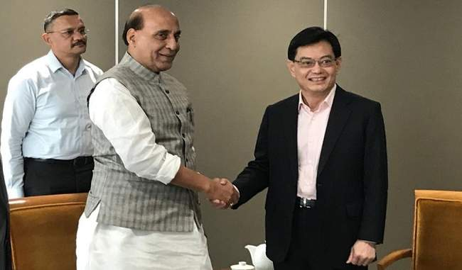 राजनाथ सिंह ने सिंगापुर के उप प्रधानमंत्री से की मुलाकात, रक्षा सहयोग पर की चर्चा