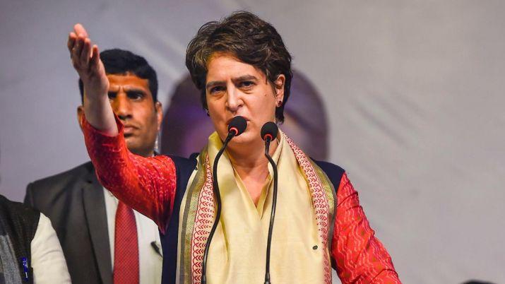 प्रियंका गांधी का केंद्र सरकार पर हमला, कहा-जज का ट्रांसफर हैरान करने वाला नहीं शर्मिंदा करने वाला