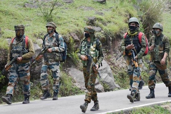 जम्मू-कश्मीर: हथियारों के साथ घुसपैठ कर रहे थे 5 आतंकी, BSF जवानों ने नाकाम की कोशिश